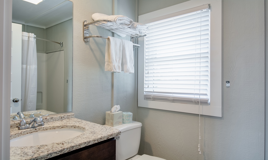 SSM13: Spring Suit - Bathroom